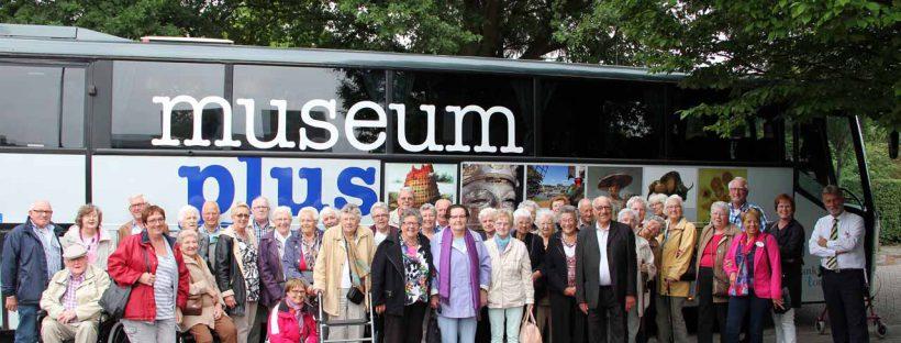 Uitstapje museum PLUS bus